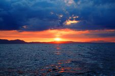 Free Photo Of Sunset Over Large Body Of Water Royalty Free Stock Photography - 109912877