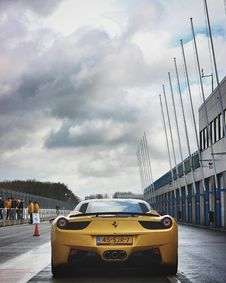 Free Yellow Ferrari Laferrari On Road Royalty Free Stock Photo - 109912885