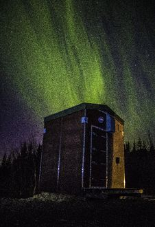Free Photo Of Wooden Shed Under Northern Lights Stock Photography - 109913002