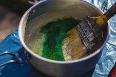 Free Yellow Paint Brush On Gray Steel Bucket Stock Photos - 109914283