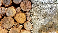 Free Photo Of Brown Log And White Pebbles Royalty Free Stock Photo - 109914545