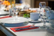 Free Close-up Photo Of Formal Table Setting Royalty Free Stock Photos - 109914608