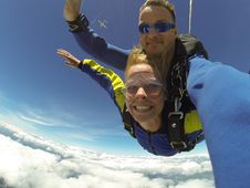 Free Fisheye Photography Of Man And Woman Sky Diving Stock Photography - 109914812