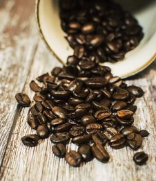 Free Close-Up Photography Of Spilled Coffee Beans Royalty Free Stock Image - 109915166