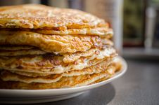 Free Selective Focus Of Pile Of Pan Cakes Stock Photo - 109915340
