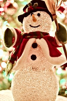 Free Snowman Figurine Royalty Free Stock Photo - 109915625