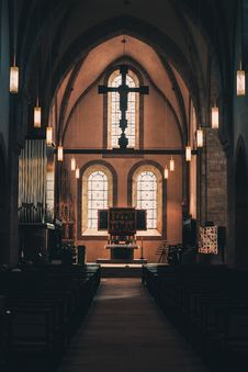 Free Church Aisle Photo Stock Photos - 109915693