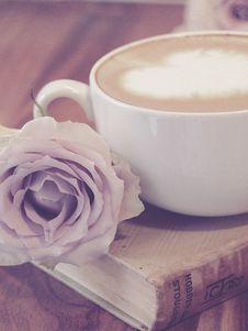 Free Photography Of Flower Beside Coffee On Top Of Book Royalty Free Stock Images - 109915699
