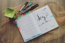 Free Photo Of Planner And Writing Materials Royalty Free Stock Photo - 109917165