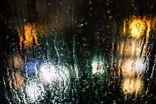 Free Selective Photography Of Glass Window With Drops Of Water During Nighttime Stock Photo - 109917360