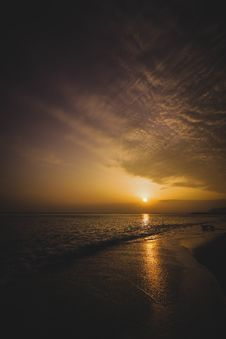 Free Ocean Horizon During Sunset In Landscape Photography Stock Images - 109917394