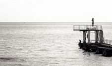 Free Grayscale Photo Of Sea Diving Port Stock Photos - 109917423