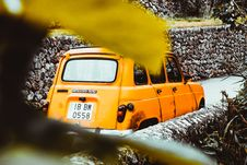 Free Yellow Cab Stock Images - 109918114
