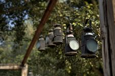 Free Black Metal Lanterns Hanged In Brown Wooden Frame Royalty Free Stock Photos - 109918208