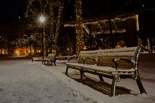 Free Photo Of Snow Covered Benches In The Park Royalty Free Stock Image - 109918616