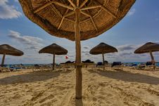 Free Photo Of Mushroom Hut At The Beach Stock Images - 109918684