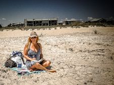 Free Woman In Blue Dress At The Beach Royalty Free Stock Photo - 109918855