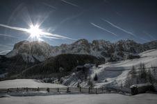 Free Snow Covered Mountain Illustration Stock Photos - 109919343