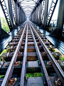 Free Black Metal Railway Stock Images - 109919964
