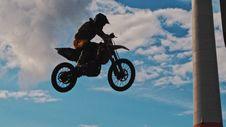 Free Man Riding Motocross Dirt Bike Stock Images - 109920134