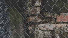 Free Gray Steel Chained Link Fence Stock Photography - 109920192