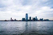 Free Skyscrapers Near Body Of Water Stock Photos - 109920483