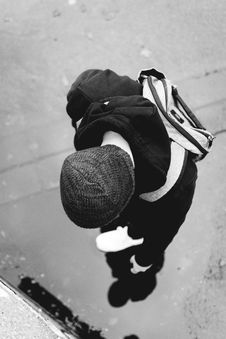 Free Monochrome Photography Of A Person Wearing Beanie Royalty Free Stock Images - 109920859