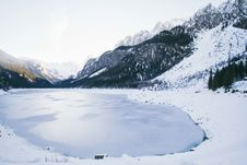 Free Landscape Photo Of Lake Surrounded With Snow Royalty Free Stock Image - 109921536
