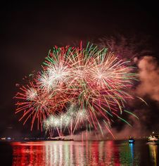 Free Photography Of Fireworks Display Stock Photo - 109921600