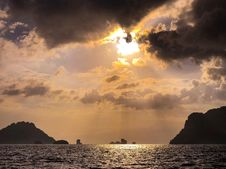 Free Sun Rays Over Sea With Islands Stock Images - 109921614