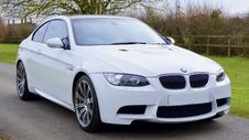 Free White Bmw Coupe Royalty Free Stock Photography - 109922277