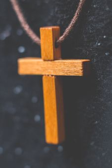 Free Brown Wooden Cross Pendant On Closeup Photography Stock Image - 109922431