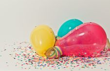 Free Yellow, Pink, And Blue Party Balloons Stock Photo - 109922630