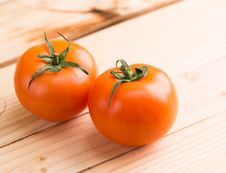Free Two Ripe Tomatoes Stock Image - 109922881