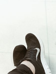 Free Nike Running Shoes Stock Photography - 109922882