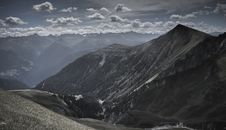 Free Mountain Under White Clouds At Daytime Royalty Free Stock Images - 109923389