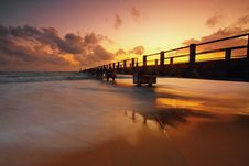 Free Silhouette Of Pier Royalty Free Stock Images - 109923989