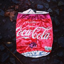 Free Coca-cola Bag Royalty Free Stock Images - 109924619