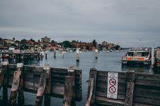 Free Boat Beside Dock Near Gray Post Stock Photos - 109924653
