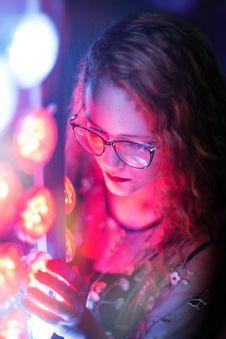 Free Woman In Black Sleeveless Top Wearing Black Framed Eyeglasses Royalty Free Stock Photos - 109924668