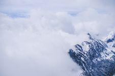 Free Mount Everest Stock Image - 109924761