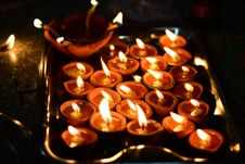 Free Photo Of Tealight Candles On Stainless Steel Tray Royalty Free Stock Photography - 109924977