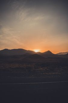 Free Mountain During Sunset Stock Photography - 109925032