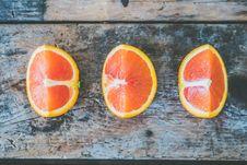 Free Three Slice Of Citrus Fruits Stock Photography - 109925372
