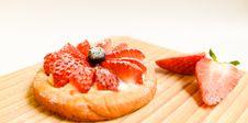 Free Strawberry Cake Royalty Free Stock Image - 109926516