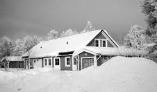Free Monochrome Photography Of Snow Capped House Stock Images - 109926604