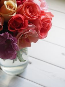 Free Shallow Focus Of Red And Pink Flowers Royalty Free Stock Photo - 109927435