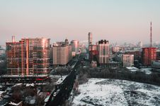 Free White And Red High-rise Building During Winter Season Royalty Free Stock Photos - 109927818