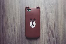 Free Photography Of Brown Bear Iphone Case Royalty Free Stock Images - 109927969