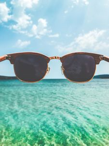 Free Close Up Photography Of Brown Clubmaster Style Sunglasses Stock Image - 109928541